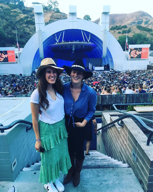 Fitting in some friend time at the Bowl, catching some #LordHuron & #ShakeyGraves before rehearsals for [PORTO] start up. Not to mention a little show research on hipster lifestyle ; ) Link in bio for tickets : ) #latheatrenerd #hollywoodbowl #theatrestyle #theatrenerd
