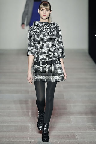 marc design fall runway