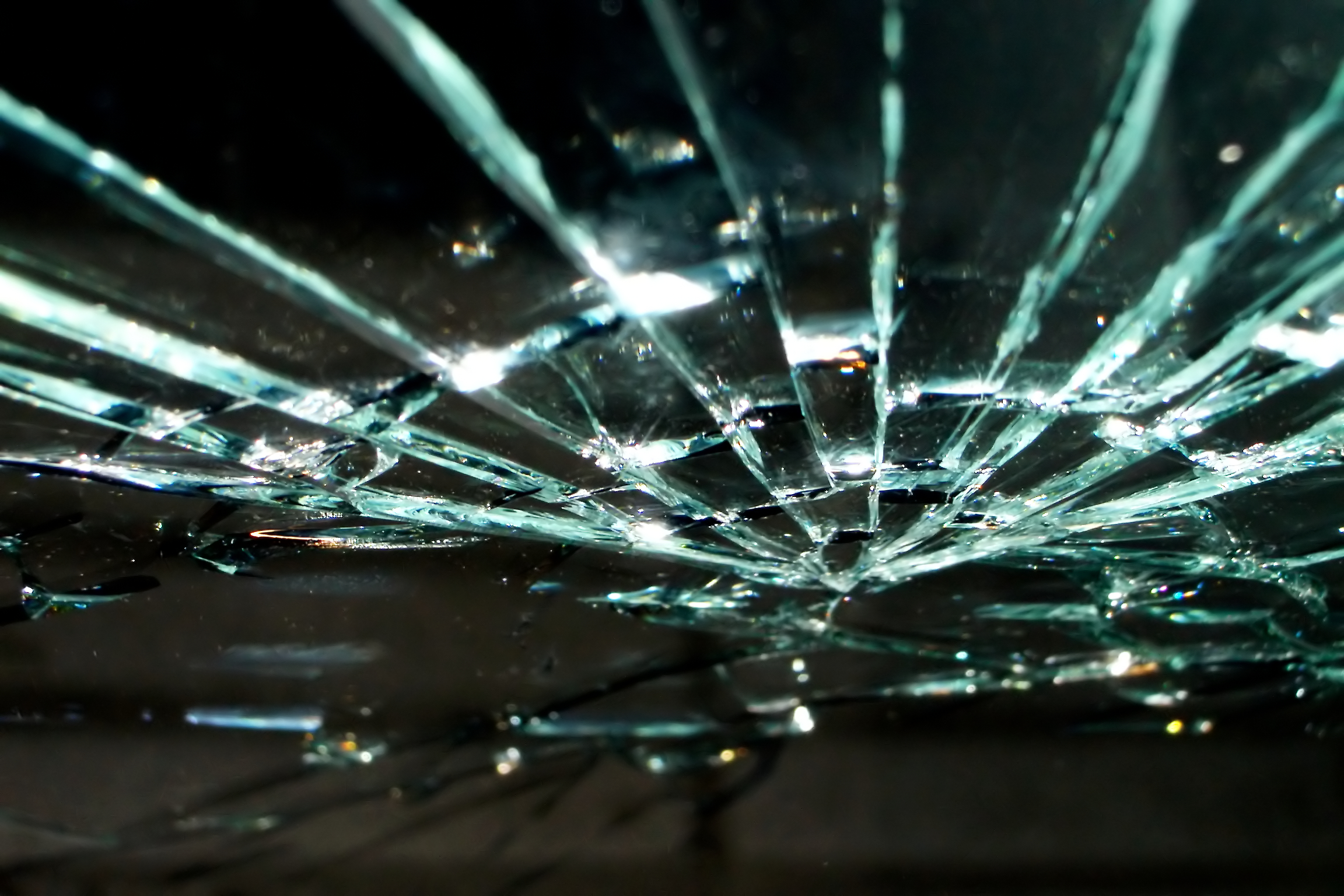 brokenglass.jpg