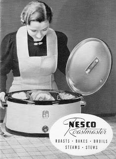 A Nesco oval roaster.