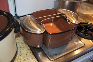Nesco nesting pots, which fit inside the oval roaster.