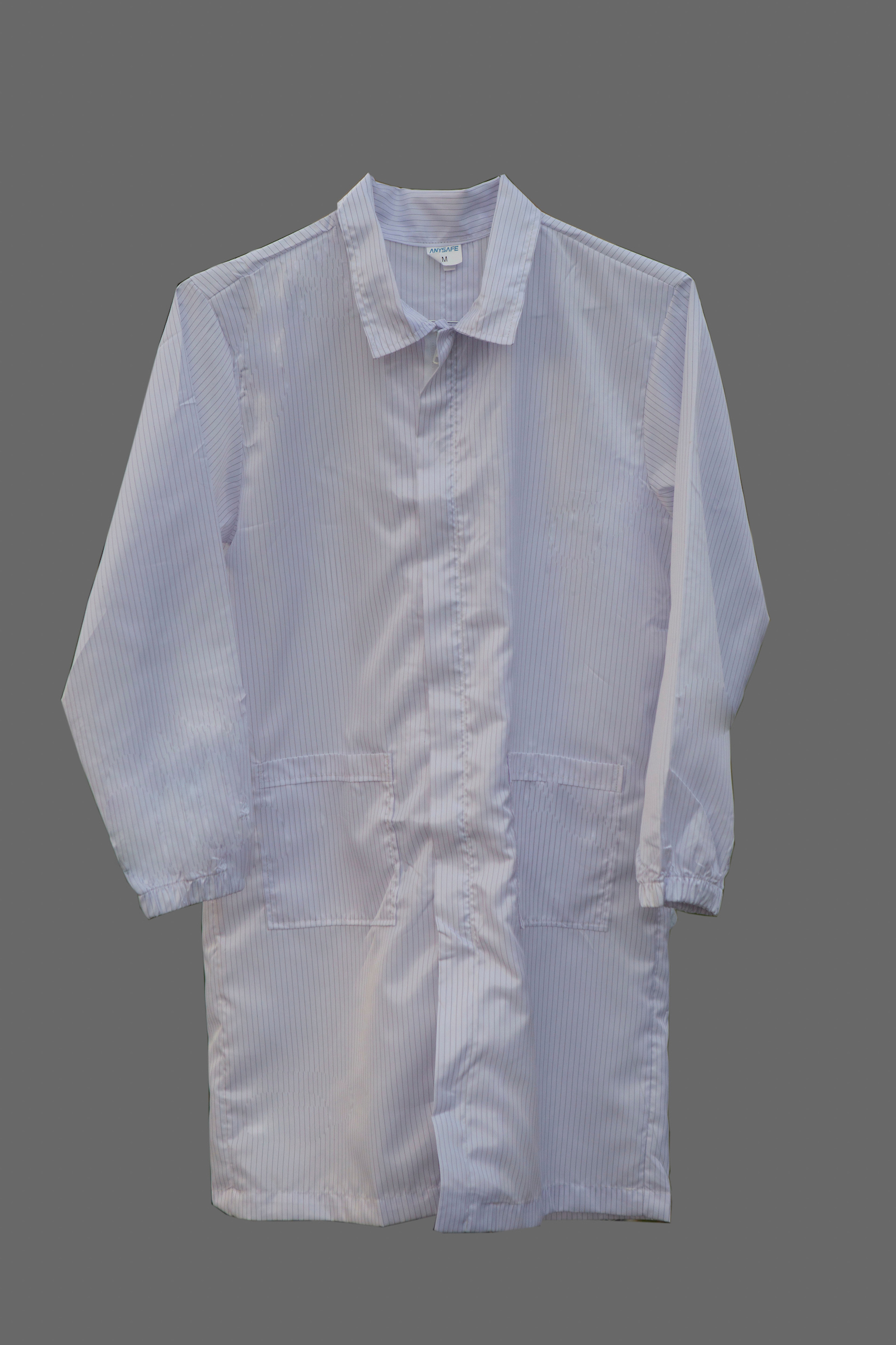 Lab coat: lint-free, static-free