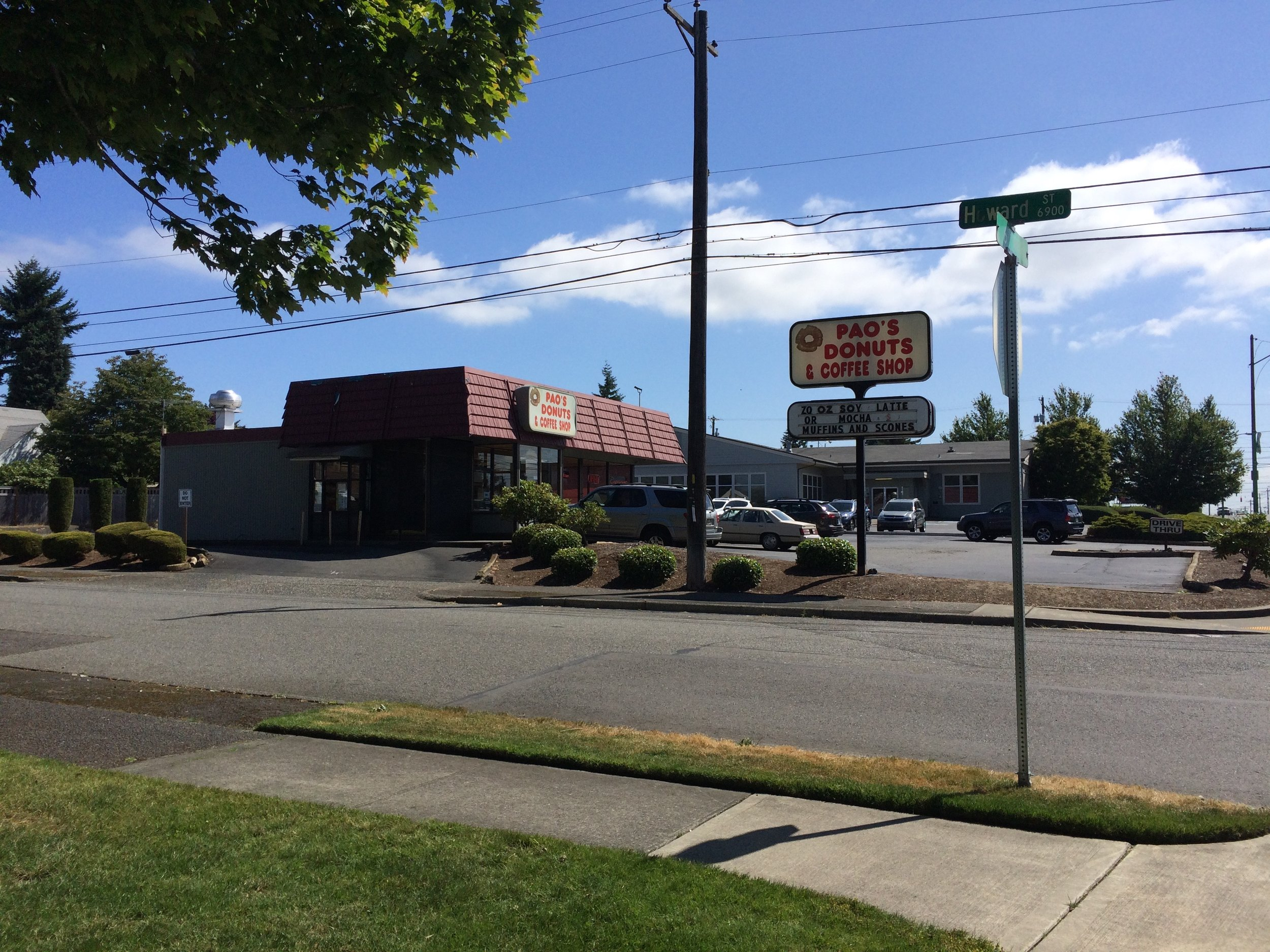 Pao's Donuts & Coffee Shop