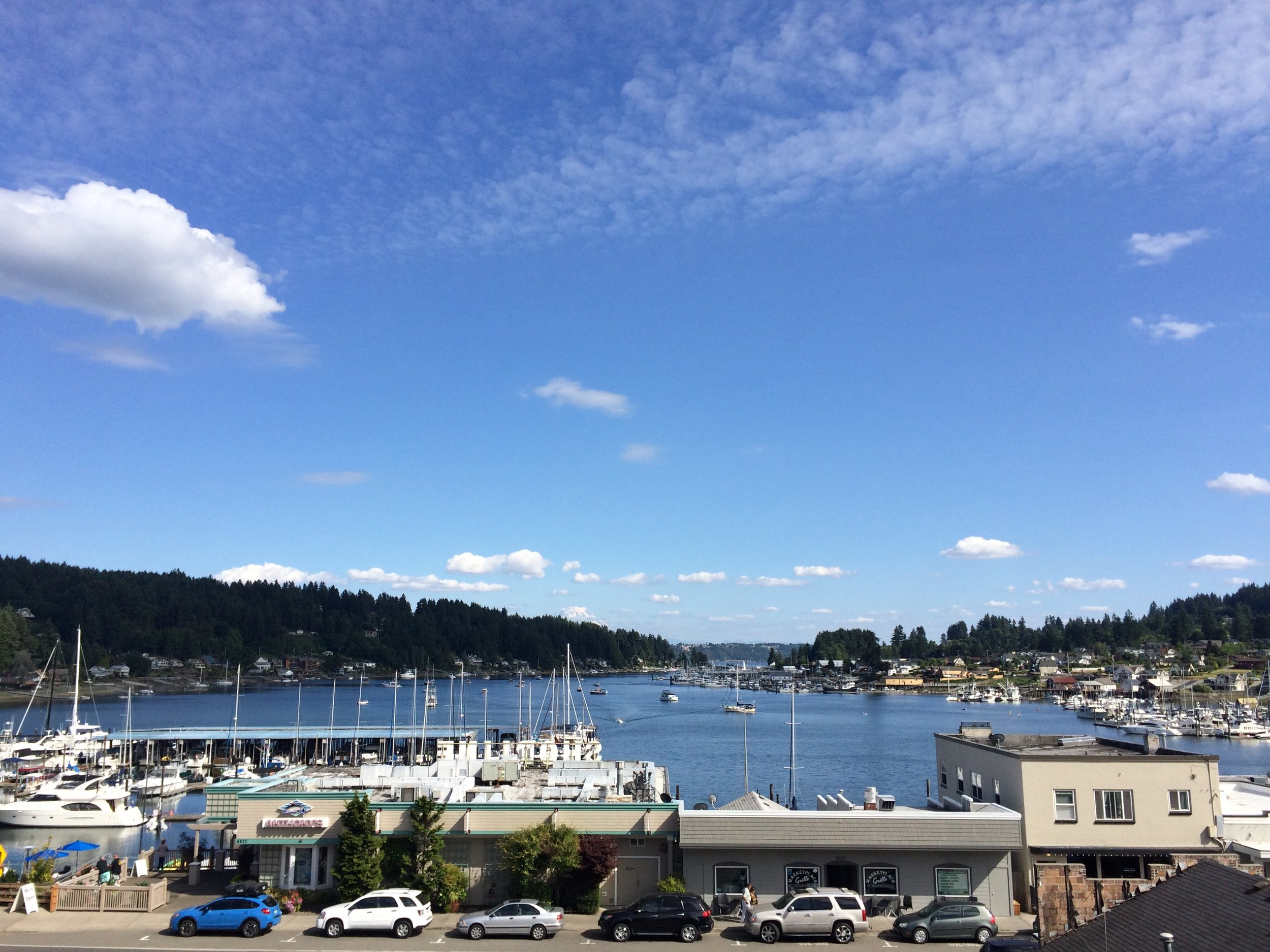 Marinas, parks, and restaurants, as well as beautiful historic and modern homes skirt the shores of Gig Harbor Bay.