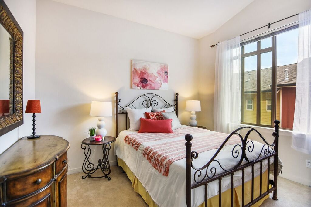 The top floor suite has vaulted ceilings and a beautiful big window.