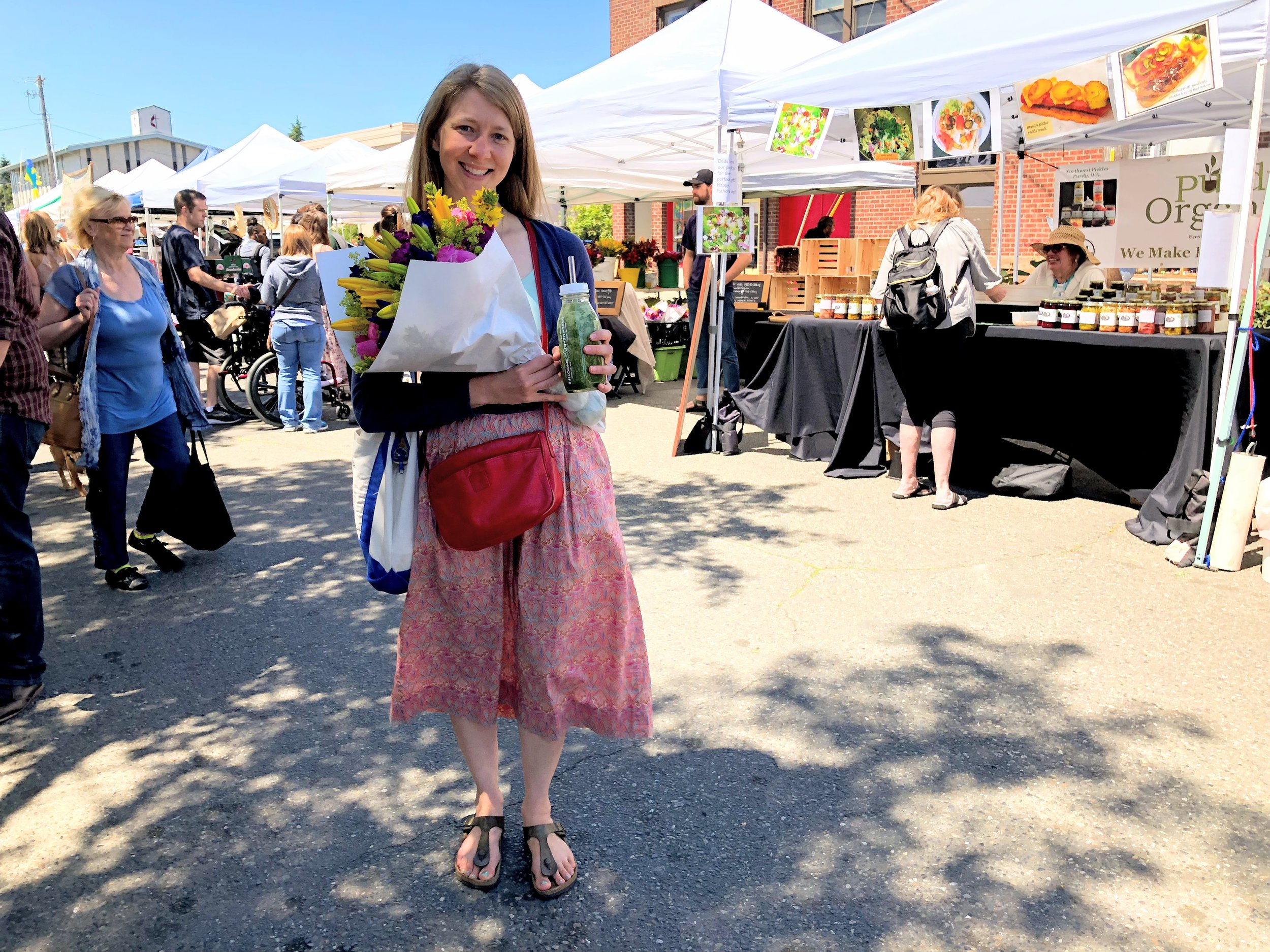 A hands-arms-and-bag-ful kind of day at the Proctor Farmers' Market. Thanks to a sweet stranger for snapping this photo!