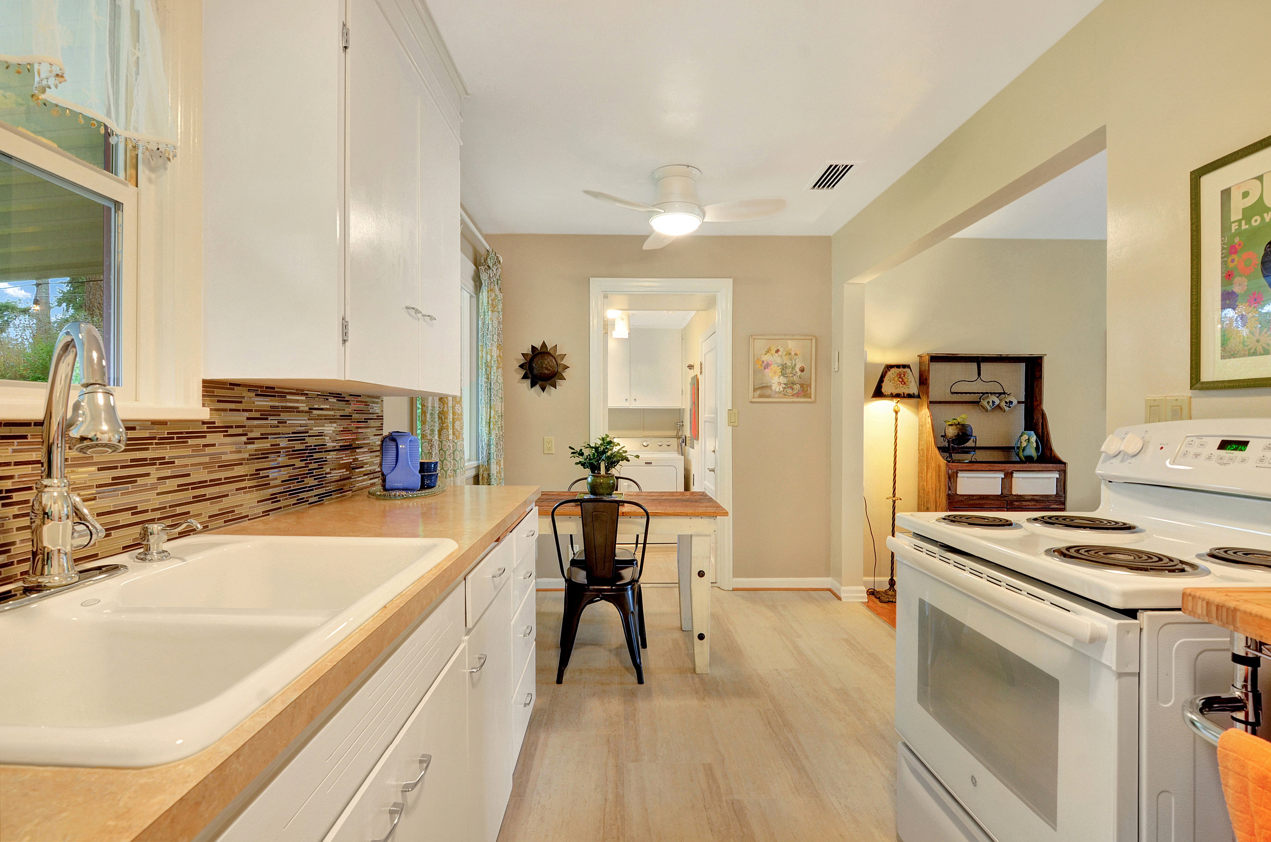 The updated kitchen is sparkling and ready for you to cook your favorite meals.