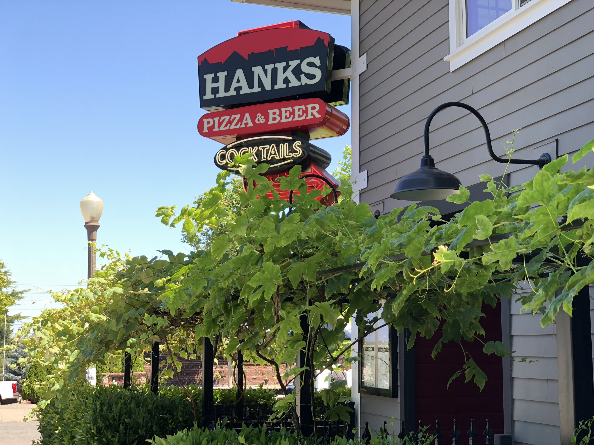 Hanks is a North Tacoma favorite for drinks on the patio and pizza too! Plus it's a 7 minute walk from 1011 N K.