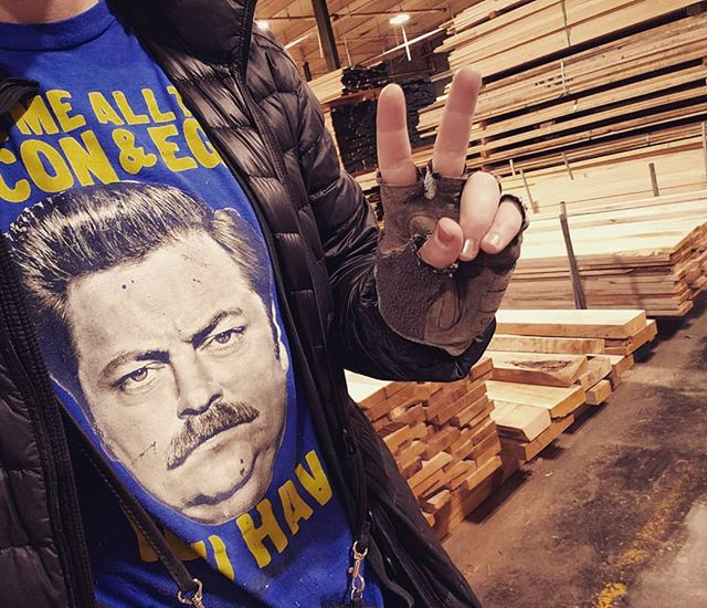 Today, I wore my @nickofferman as #RonSwanson shirt to go shopping for lumber at the mill. I felt it was only appropriate. . . #haulinash #parksnrec #props #lumber #lumberyard #hardwood #makingbenches