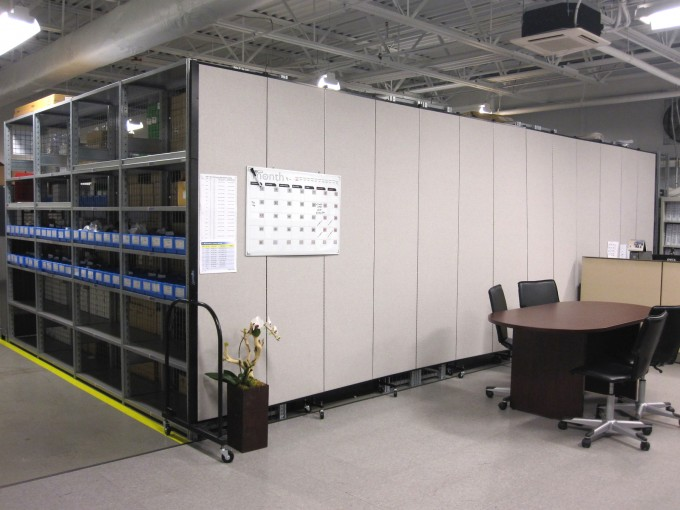 Screenflex used to tidy a warehouse