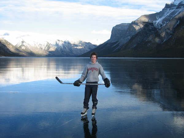 # 17-Lake Minnewanka.JPG