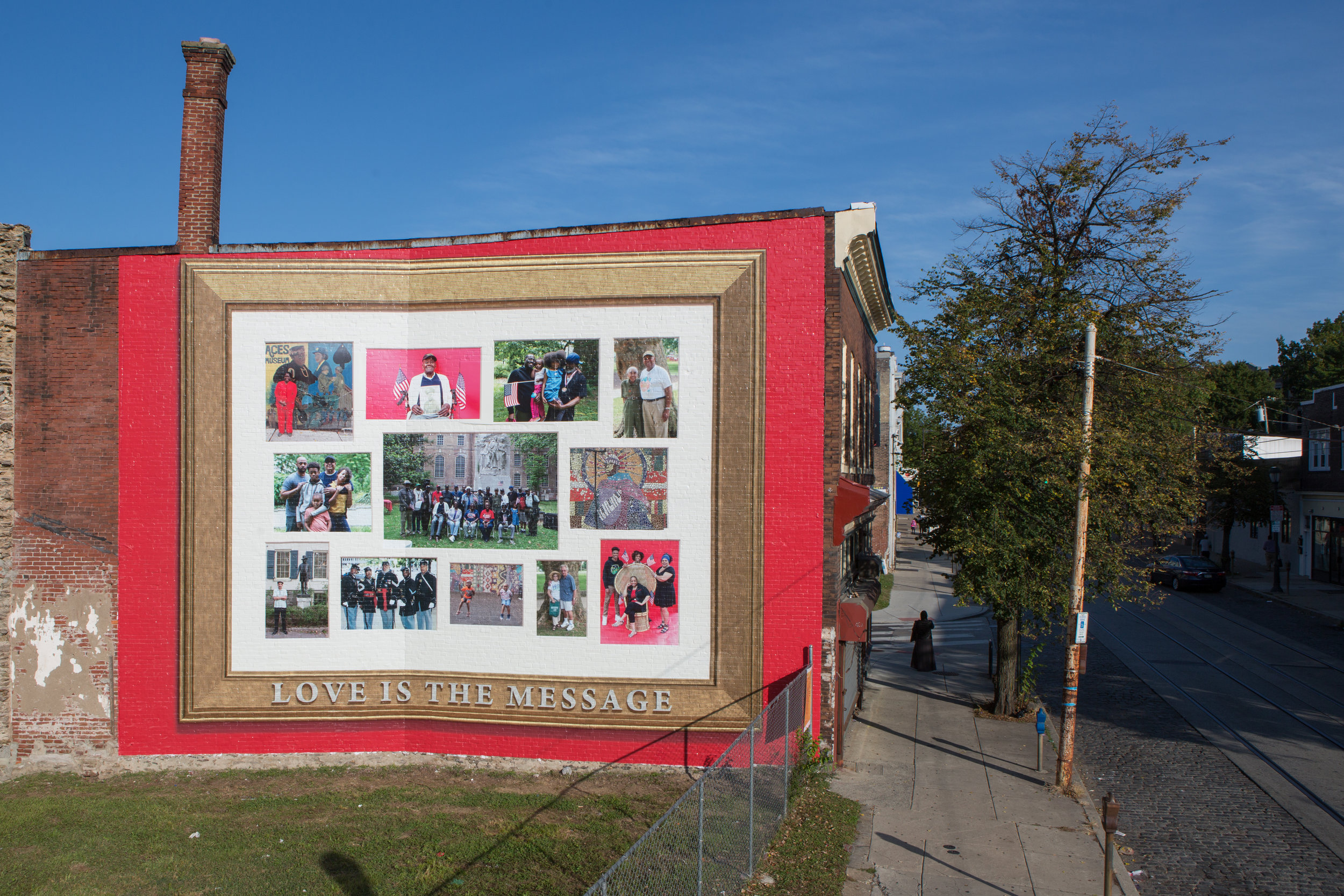 Jamel Shabazz,  Love is the Message, Monument Lab  (Steve Weinik/Mural Arts Philadelphia)