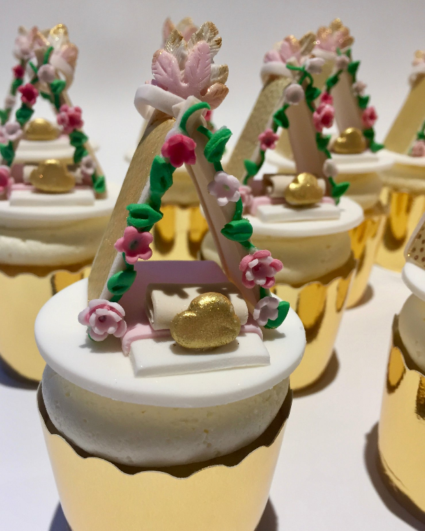 melbourne teepee slumber party cupcakes