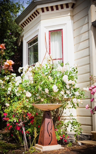 Garden art 1.jpg