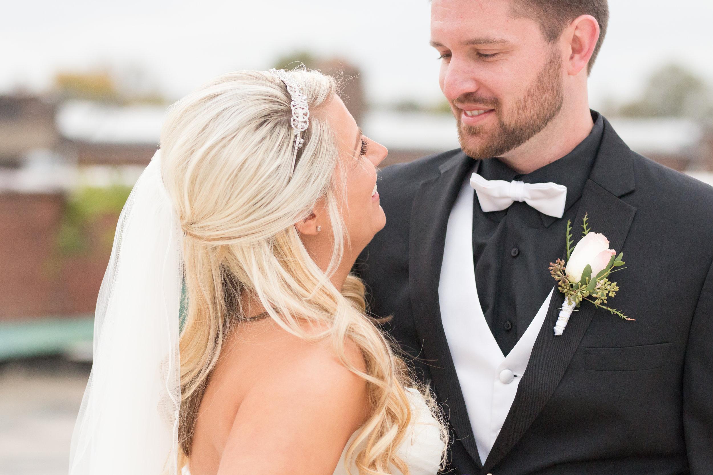 Jessica & Kurtis Wedding_20 - 20171028.jpg