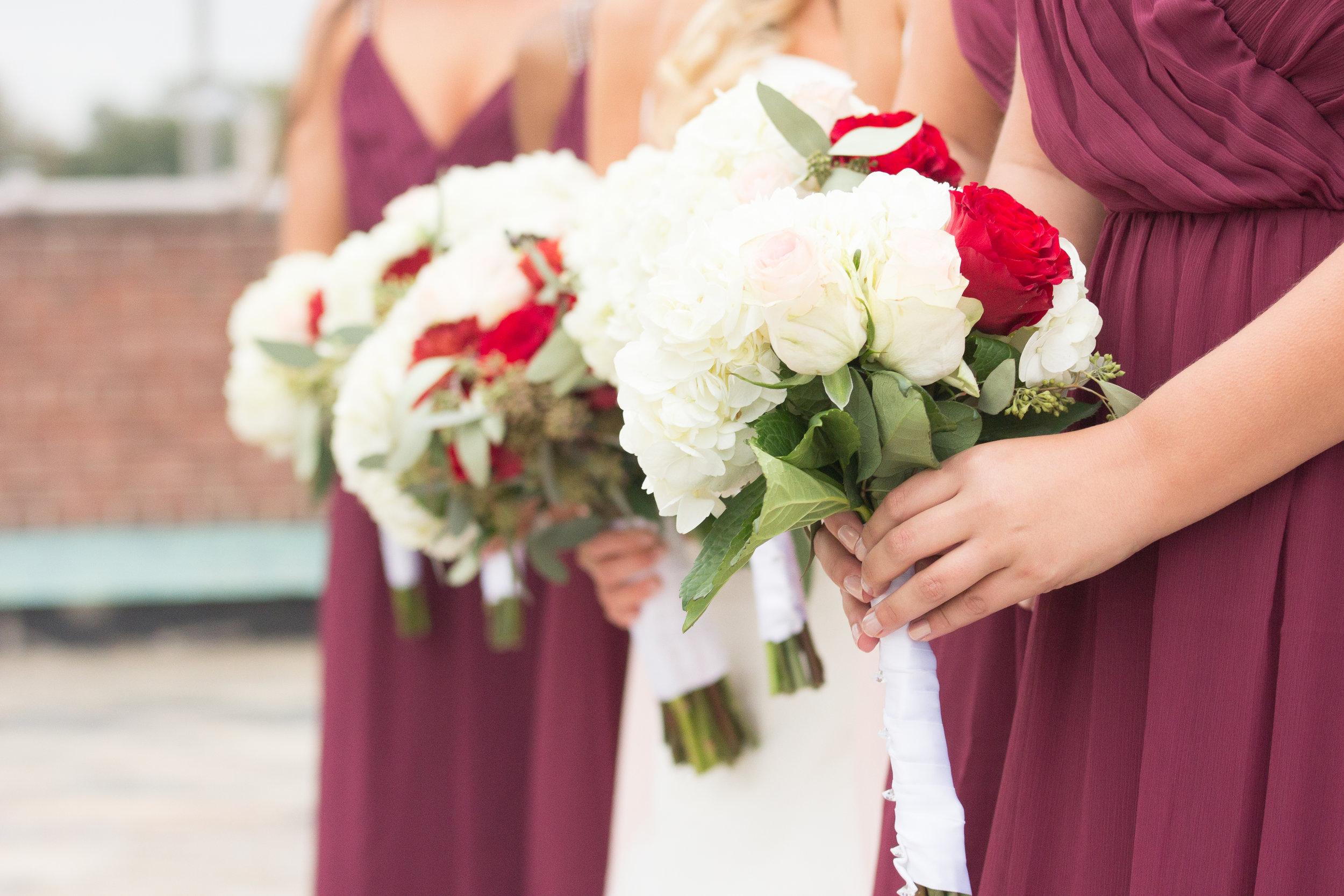 Jessica & Kurtis Wedding_12 - 20171028.jpg