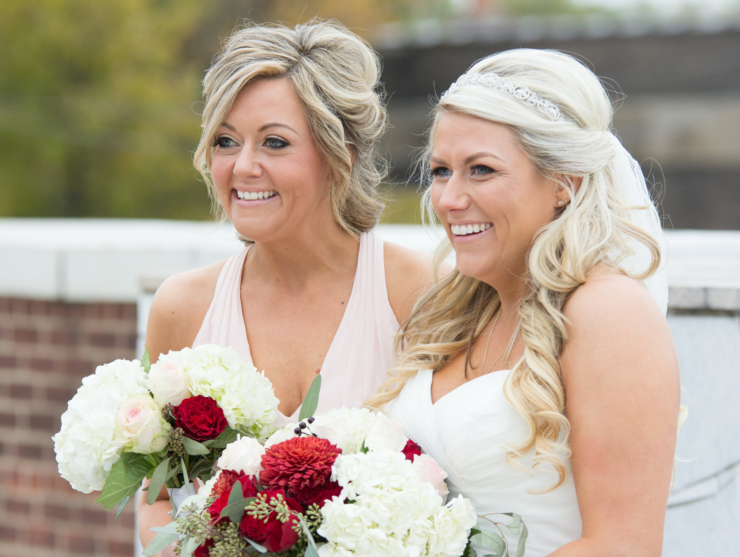 Jessica & Kurtis Wedding_10 - 20171028.jpg