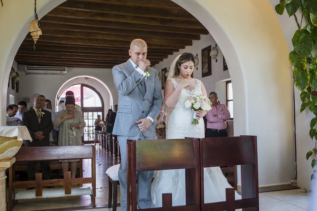 yesica-jose-beach-wedding-Villa-La-Joya--Playa-del-carmen-01--7.jpg