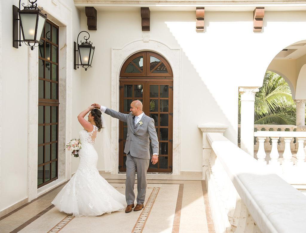 yesica-jose-beach-wedding-Villa-La-Joya--Playa-del-carmen-01--23.jpg
