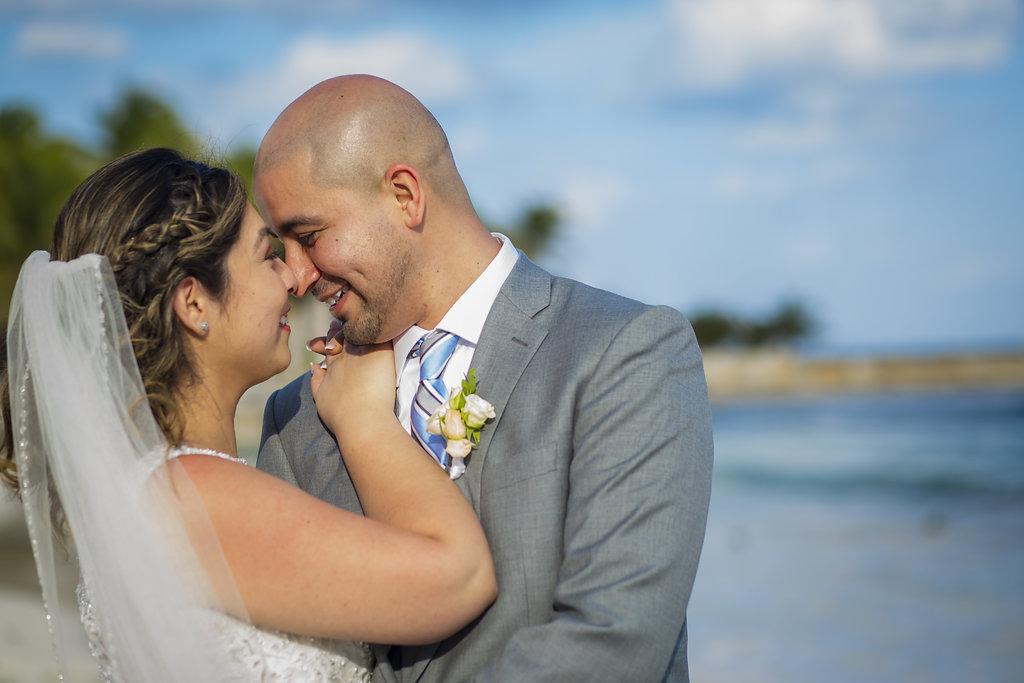 yesica-jose-beach-wedding-Villa-La-Joya--Playa-del-carmen-01--26.jpg