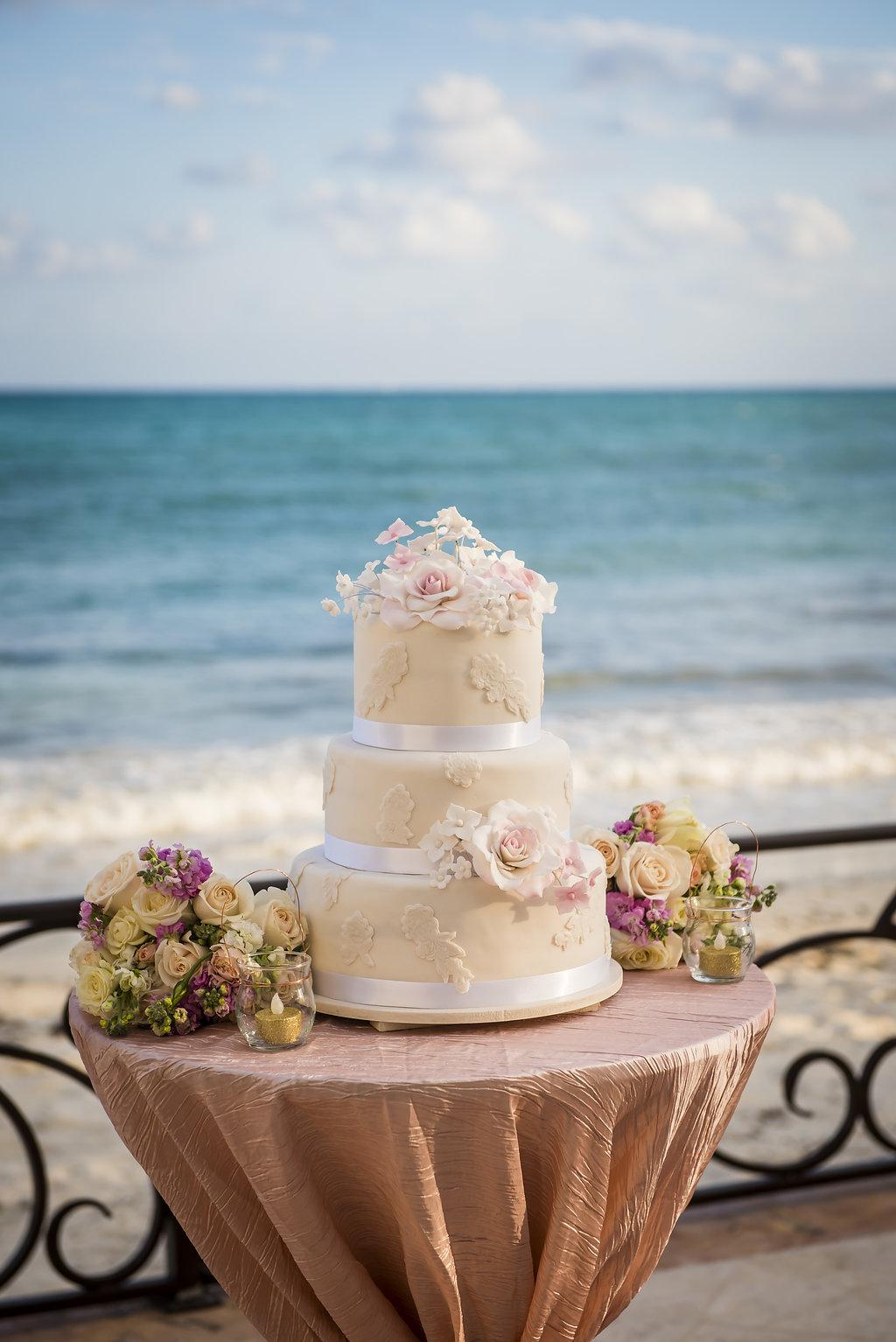 yesica-jose-beach-wedding-Villa-La-Joya--Playa-del-carmen-01--29.jpg