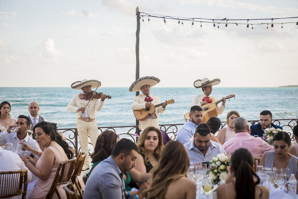 yesica-jose-beach-wedding-Villa-La-Joya--Playa-del-carmen-01--30.jpg