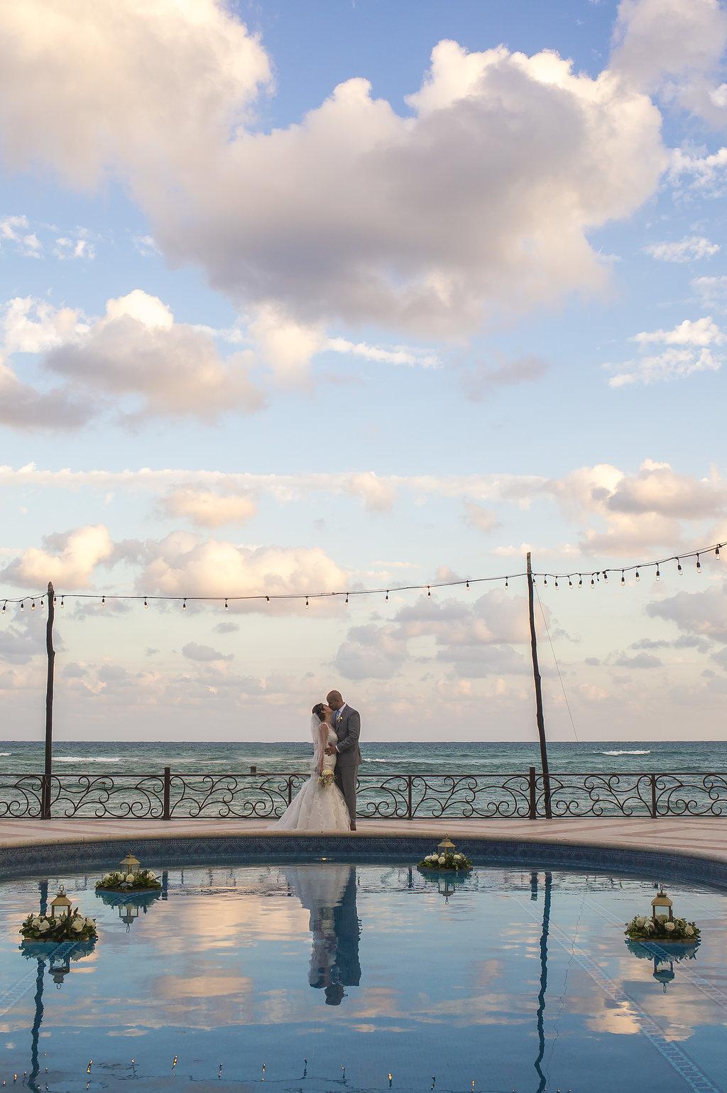 yesica-jose-beach-wedding-Villa-La-Joya--Playa-del-carmen-01--33.jpg