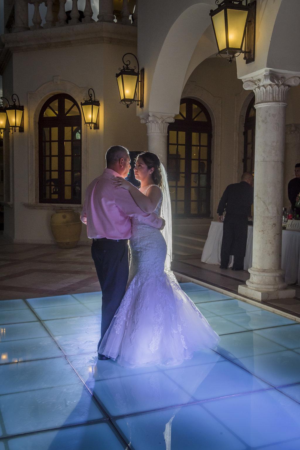 yesica-jose-beach-wedding-Villa-La-Joya--Playa-del-carmen-01--37.jpg