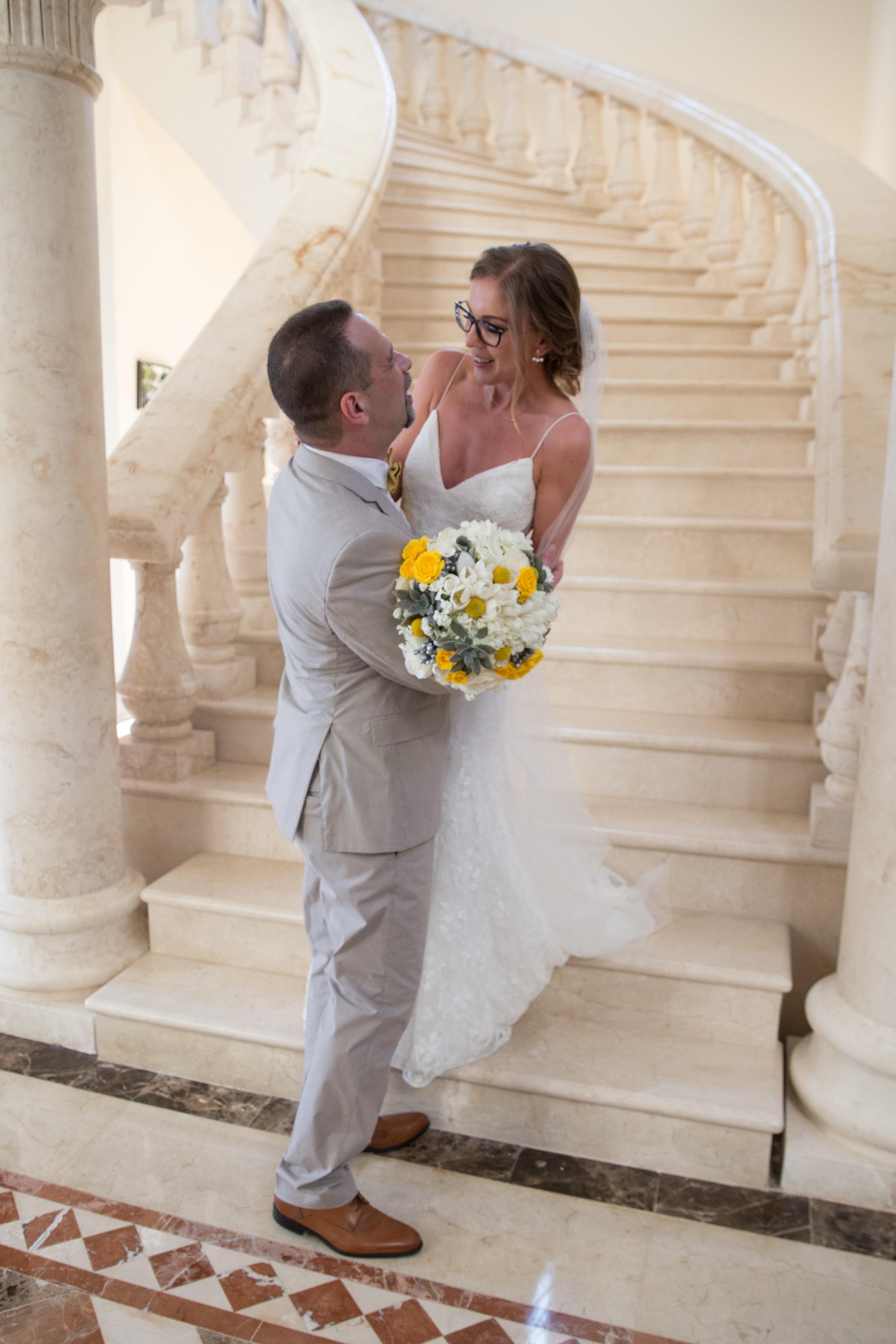 destination-wedding-venue-villa-la-joya-21.jpg