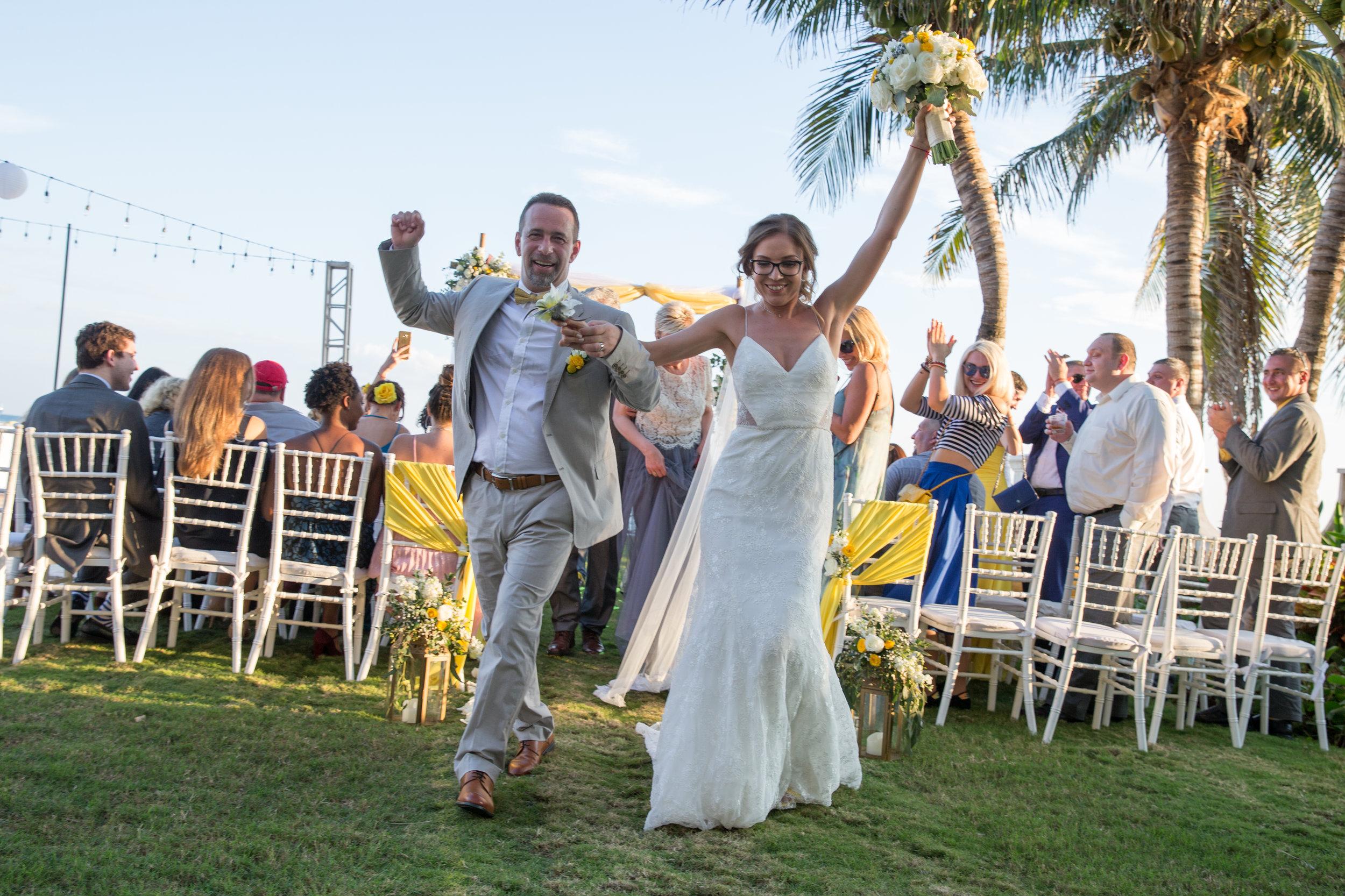 destination-wedding-venue-villa-la-joya-37.jpg