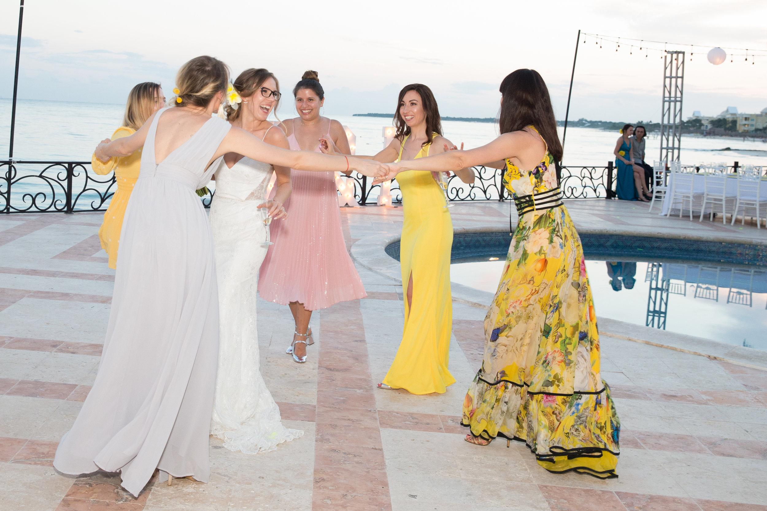 destination-wedding-venue-villa-la-joya-50.jpg