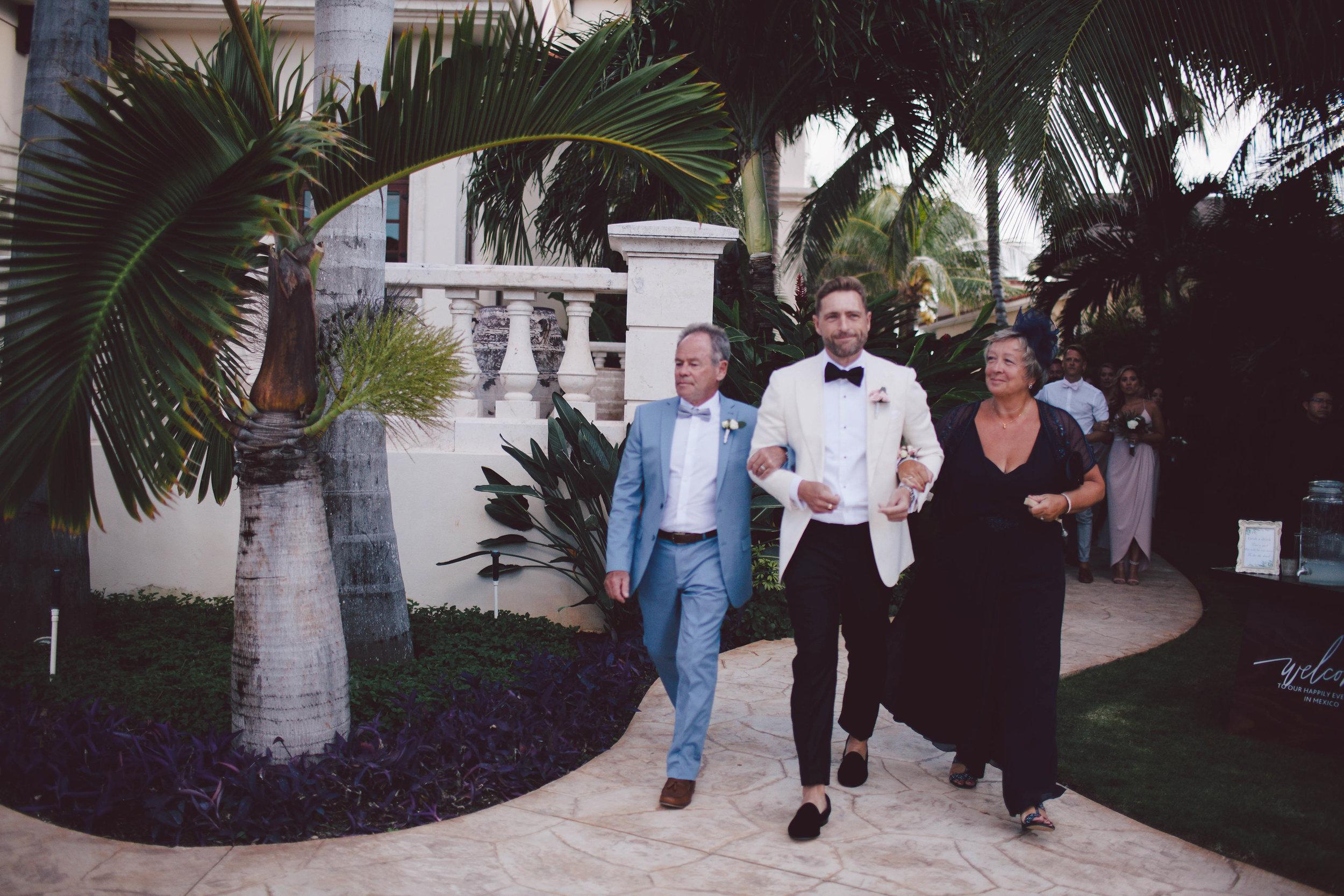 mexico_wedding_cancun_villa_la_joya_evangeline_lane_043.jpg