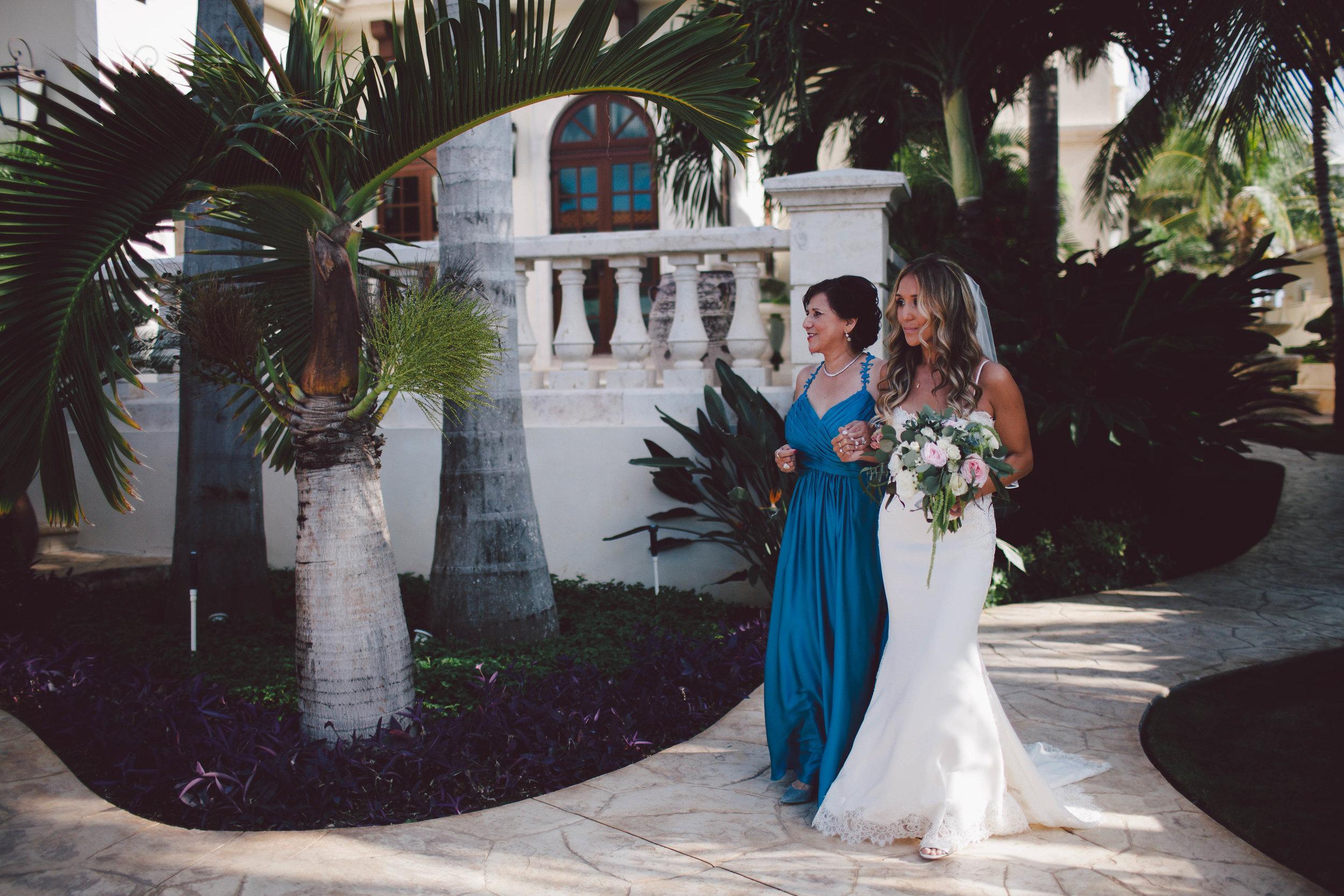 mexico_wedding_cancun_villa_la_joya_evangeline_lane_047.jpg