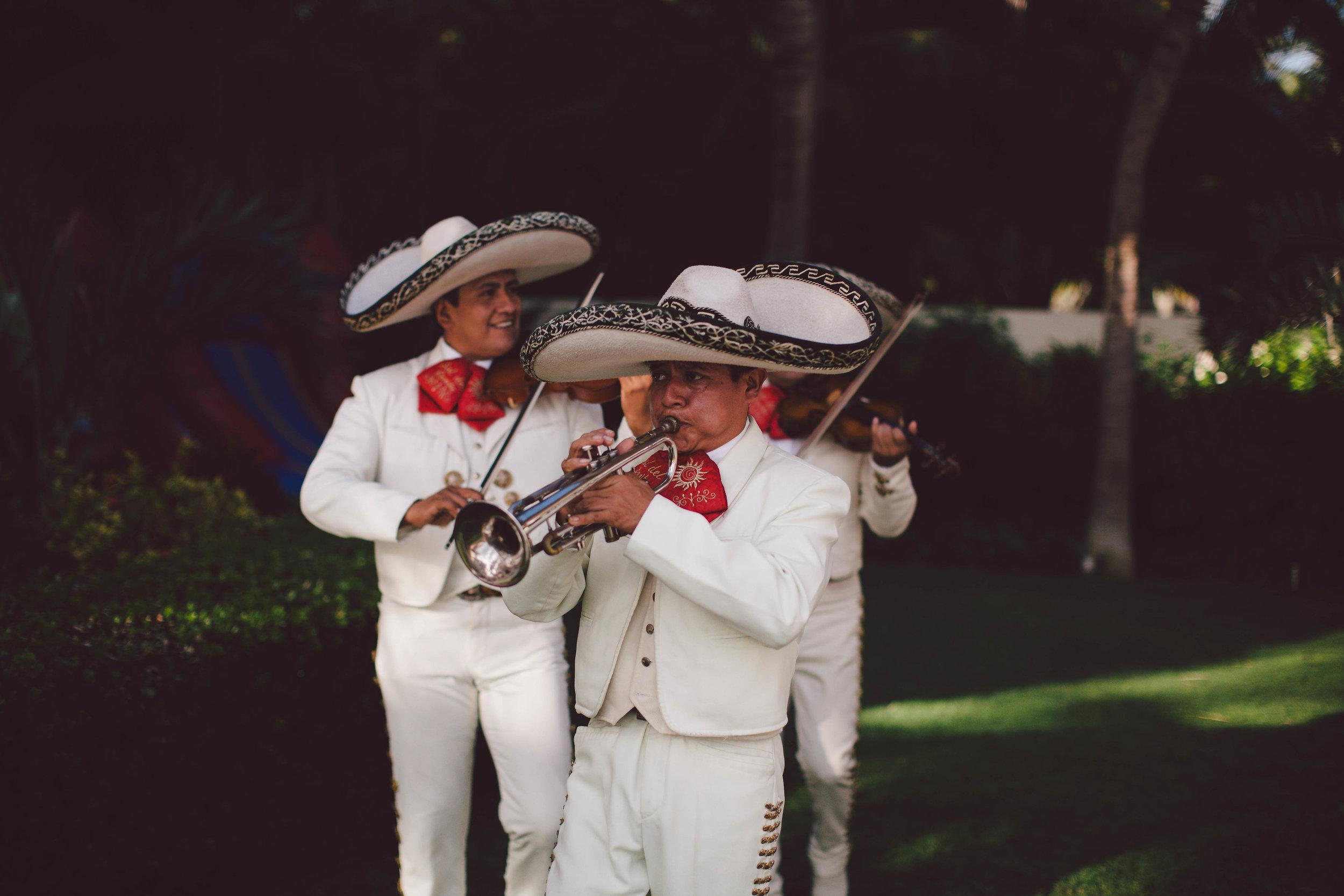 mexico_wedding_cancun_villa_la_joya_evangeline_lane_074.jpg