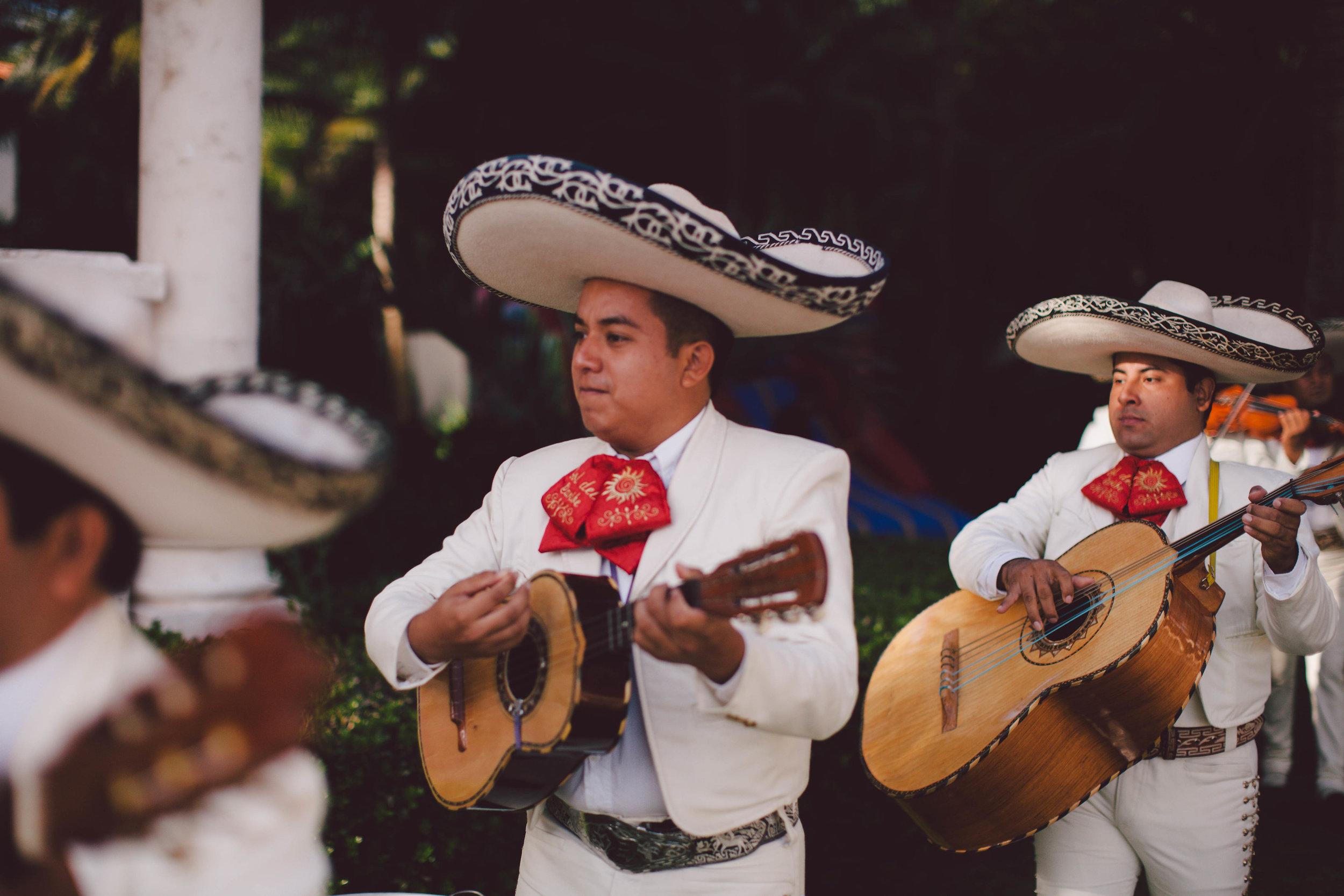 mexico_wedding_cancun_villa_la_joya_evangeline_lane_073.jpg