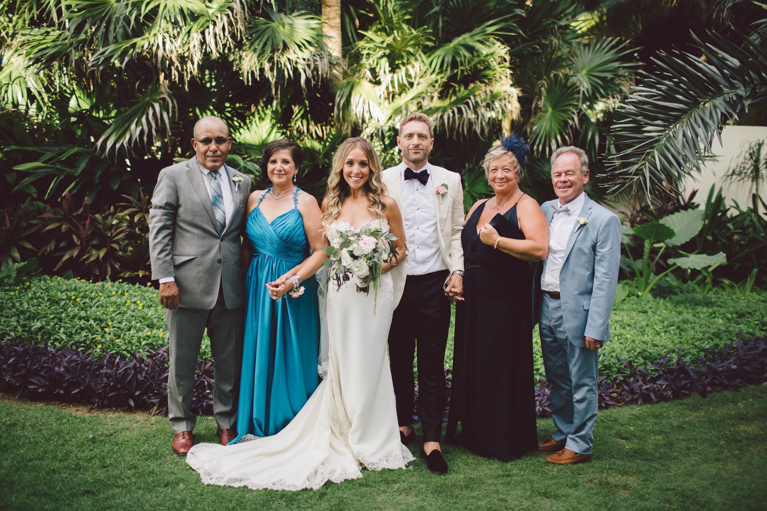 mexico_wedding_cancun_villa_la_joya_evangeline_lane_082.jpg