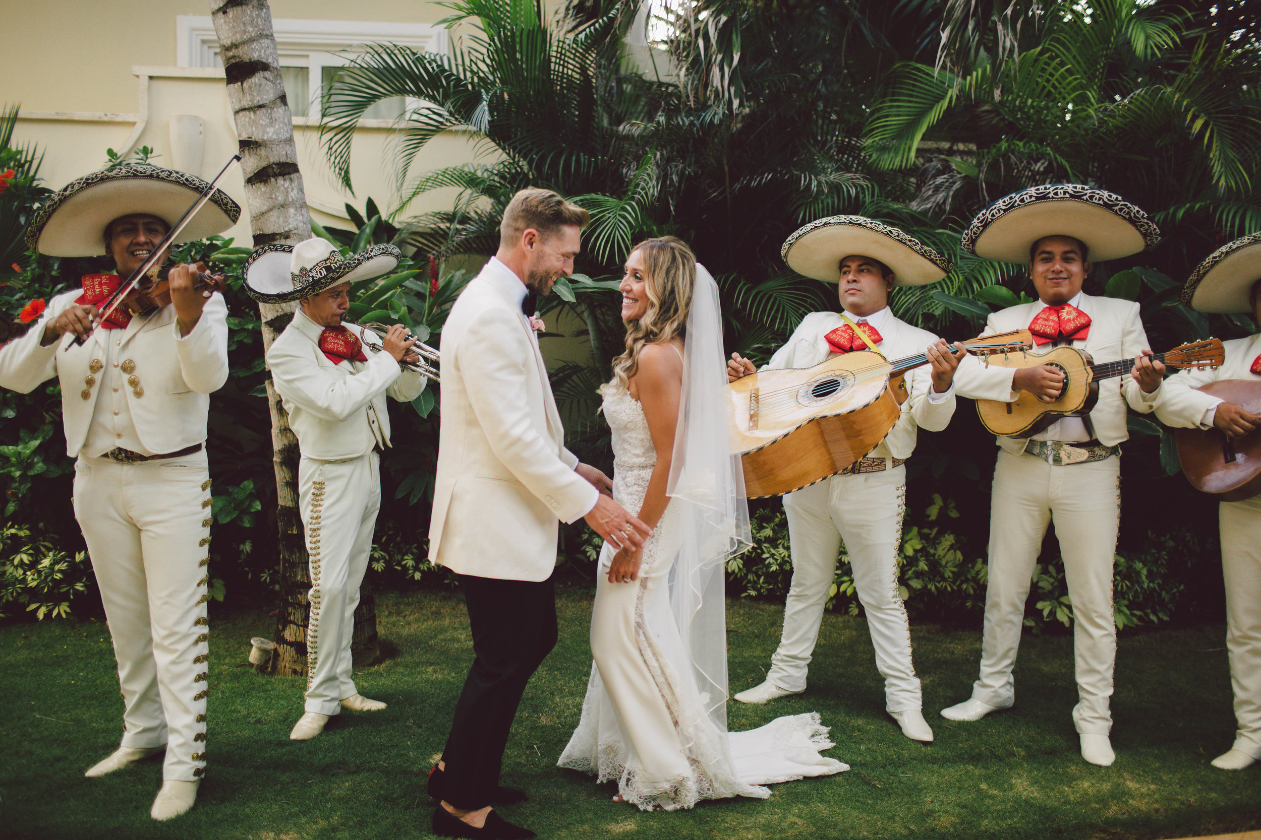 mexico_wedding_cancun_villa_la_joya_evangeline_lane_100.jpg