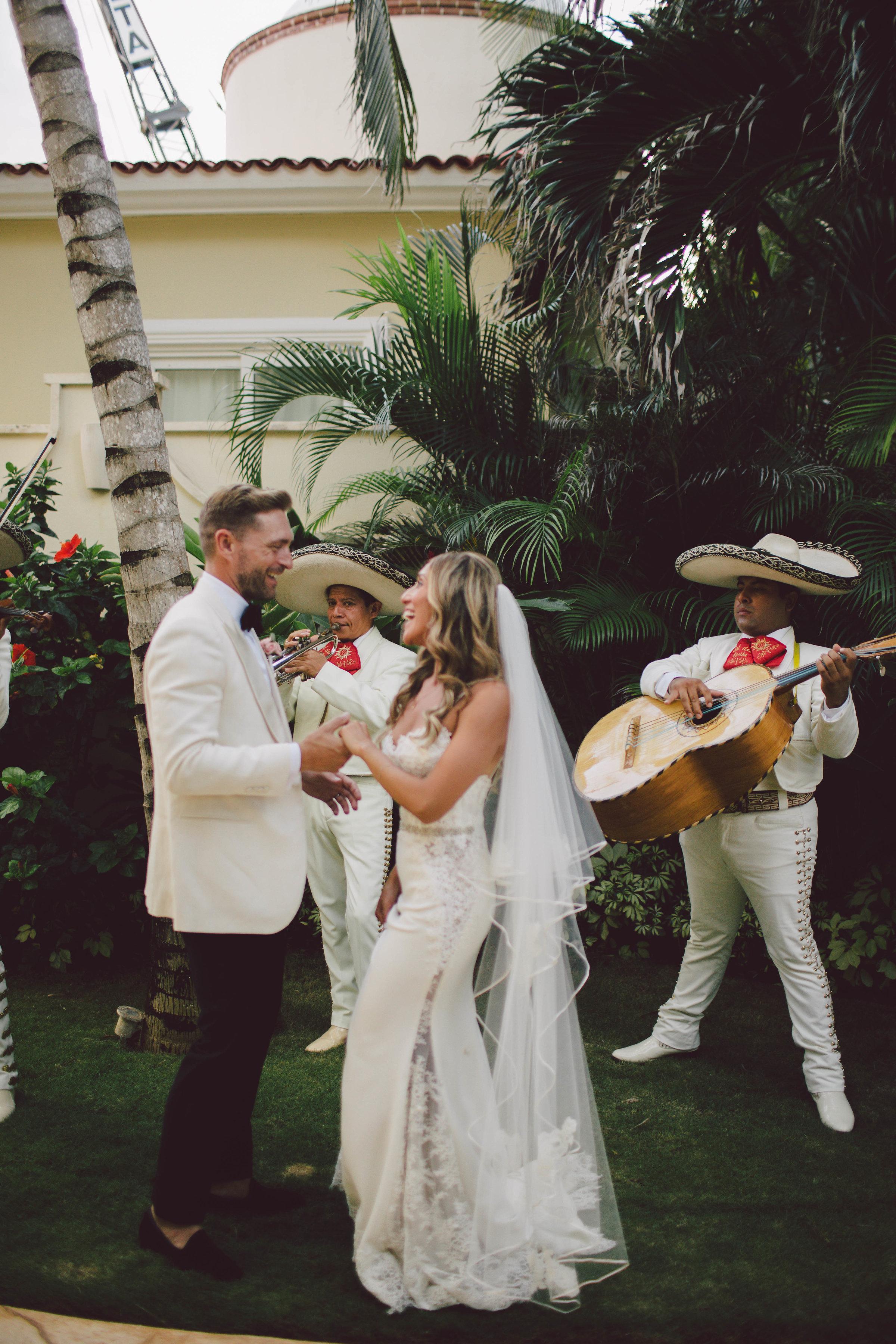 mexico_wedding_cancun_villa_la_joya_evangeline_lane_101.jpg