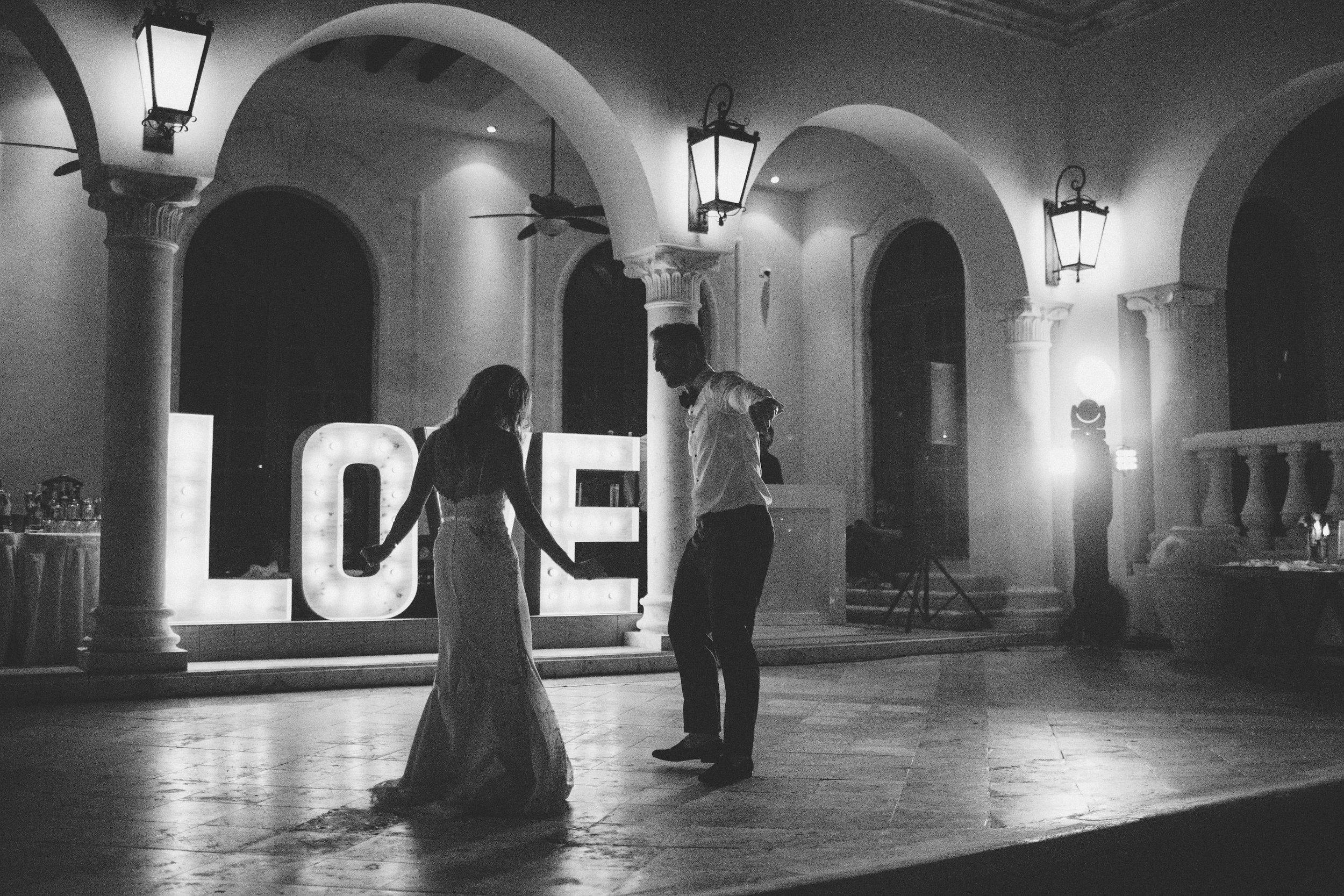 mexico_wedding_cancun_villa_la_joya_evangeline_lane_142.jpg