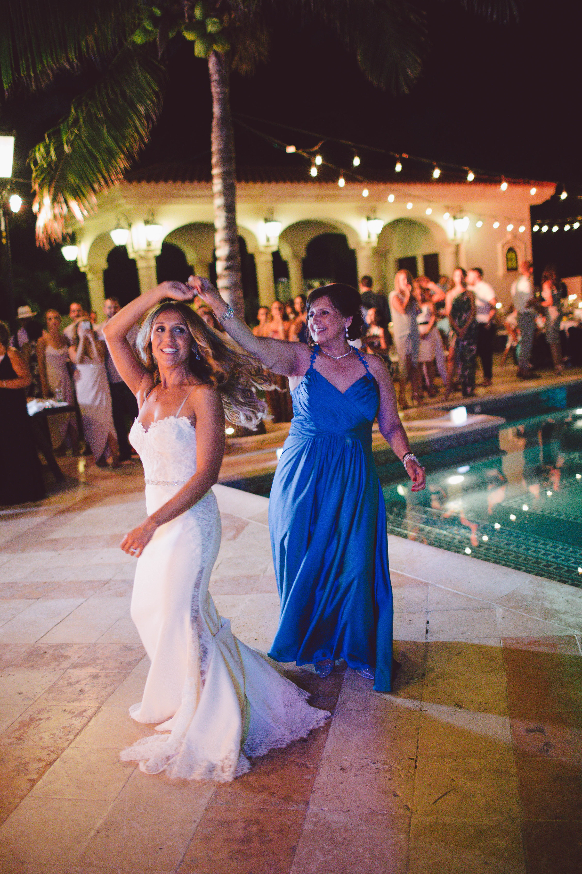 mexico_wedding_cancun_villa_la_joya_evangeline_lane_150a.jpg