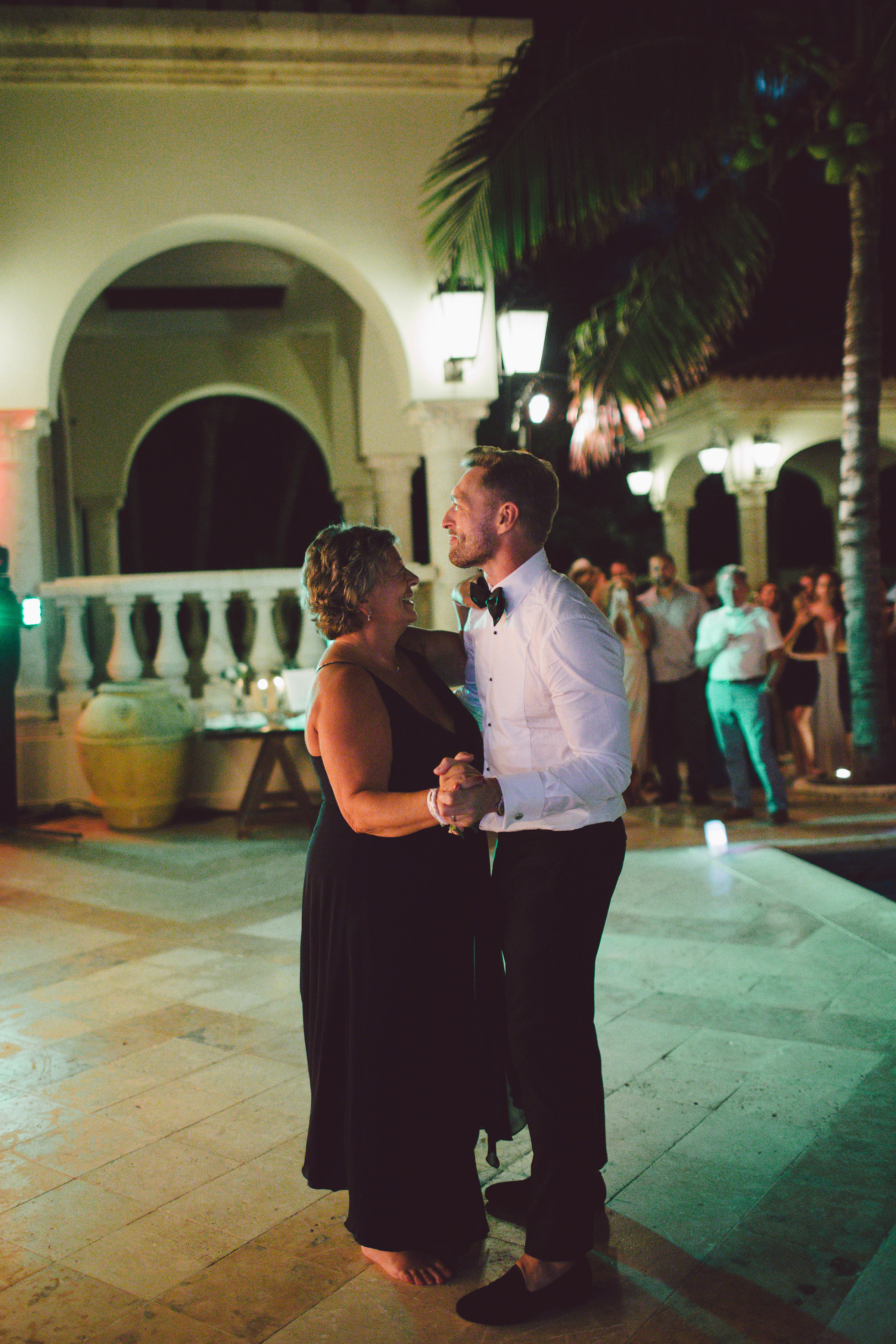 mexico_wedding_cancun_villa_la_joya_evangeline_lane_160.jpg