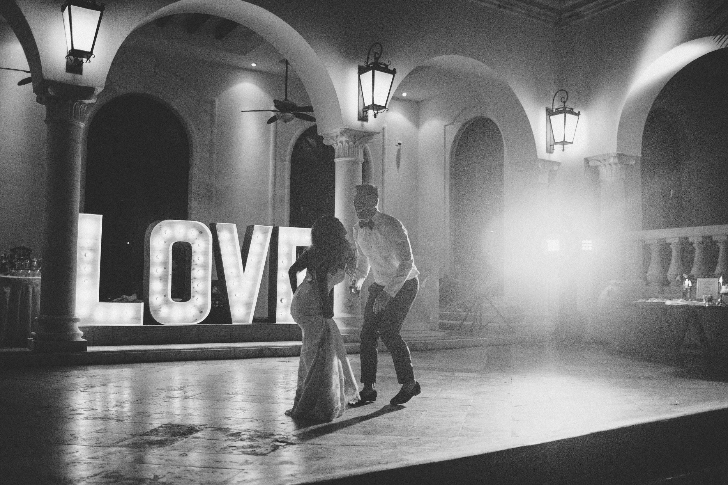 mexico_wedding_cancun_villa_la_joya_evangeline_lane_161a.jpg