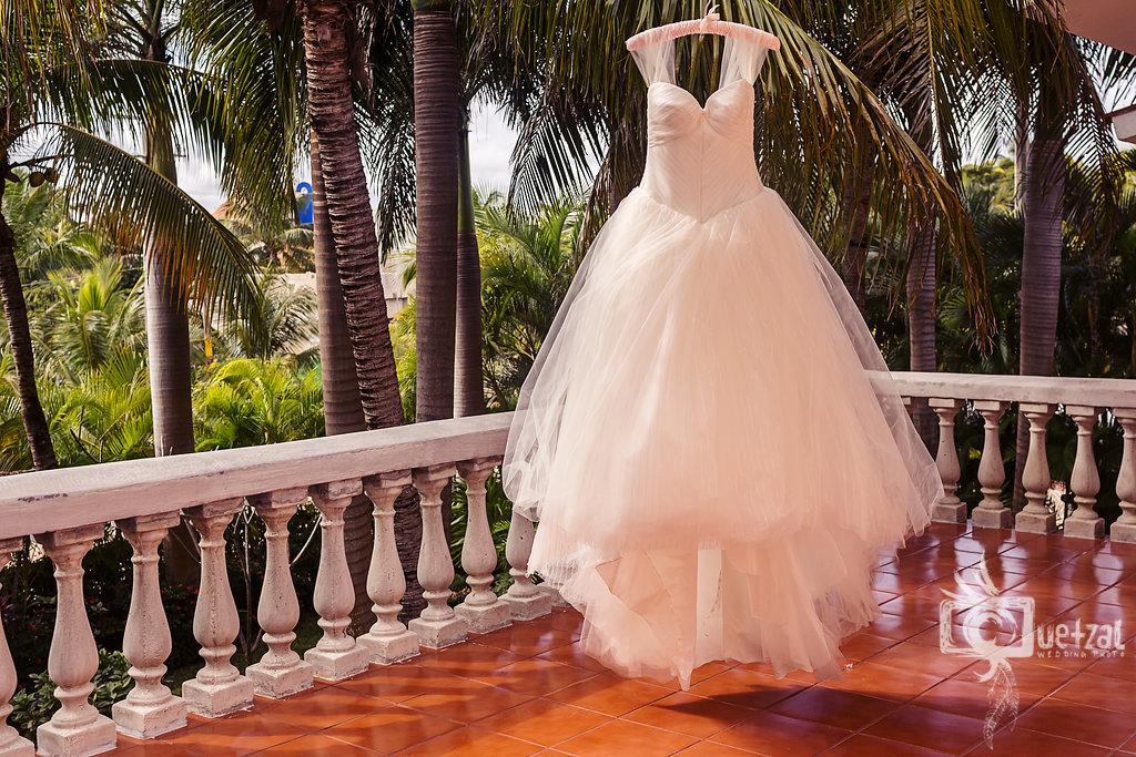 cancun-mexico-destination-wedding-villa-la-joya-05.jpg