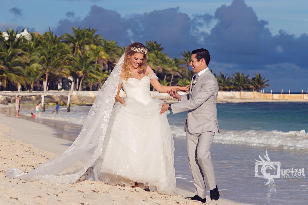cancun-mexico-destination-wedding-villa-la-joya-23.jpg