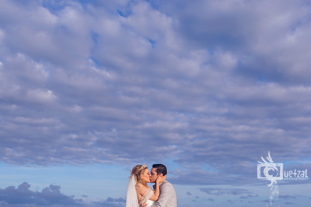 cancun-mexico-destination-wedding-villa-la-joya-26.jpg