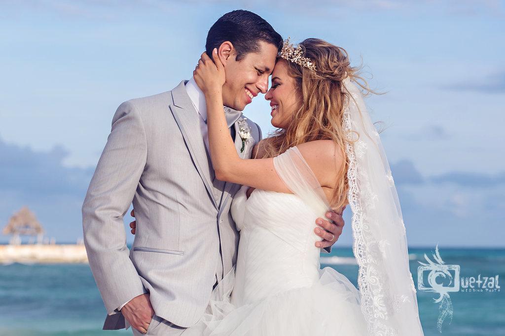cancun-mexico-destination-wedding-villa-la-joya-27.jpg