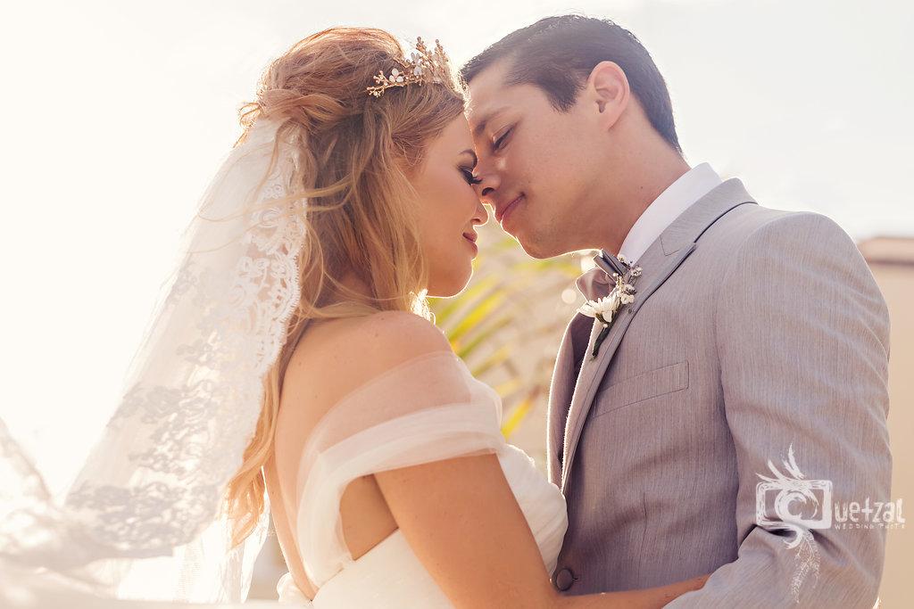 cancun-mexico-destination-wedding-villa-la-joya-30.jpg