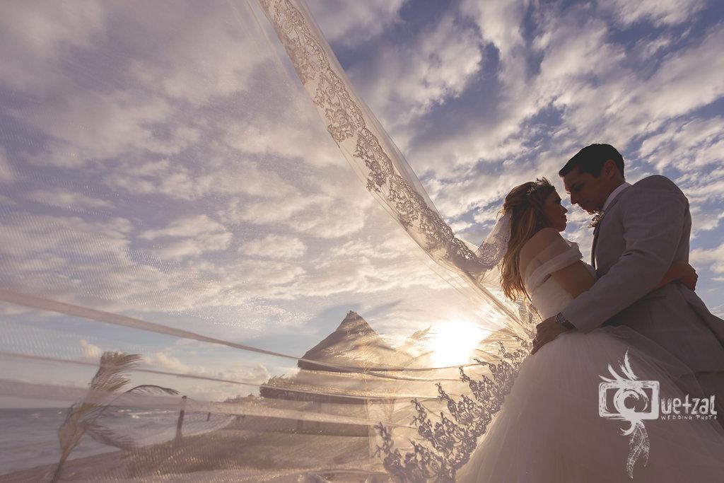 cancun-mexico-destination-wedding-villa-la-joya-32.jpg
