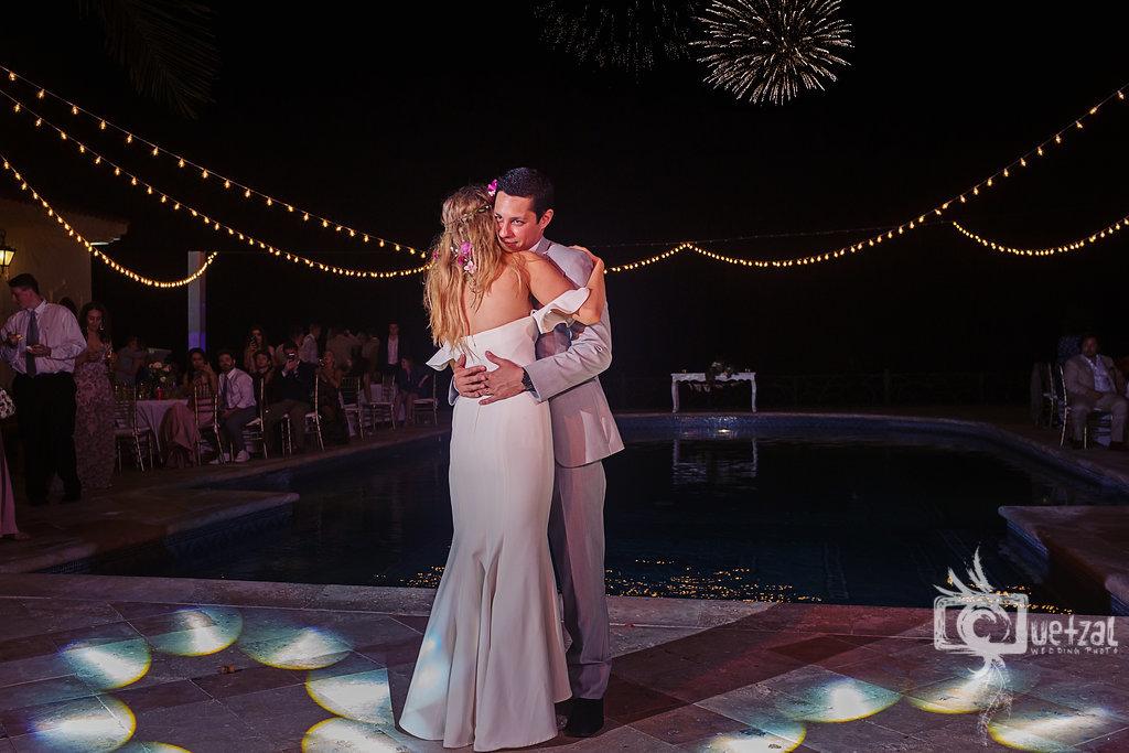 cancun-mexico-destination-wedding-villa-la-joya-36.jpg