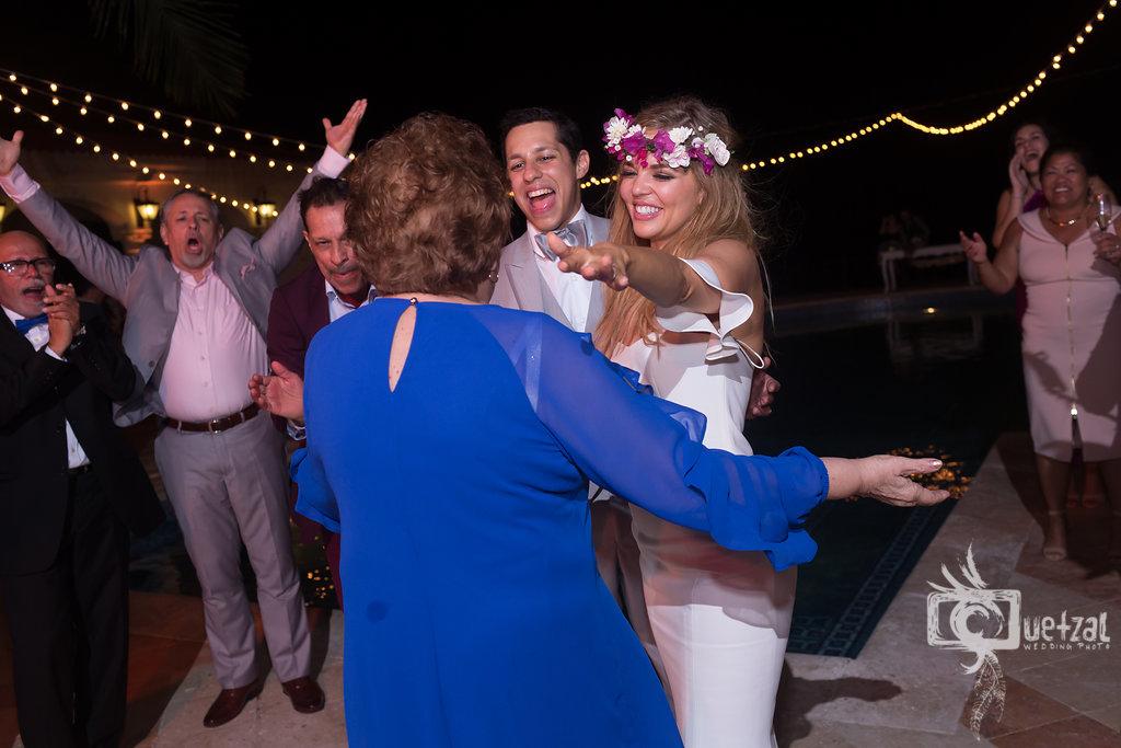 cancun-mexico-destination-wedding-villa-la-joya-46.jpg